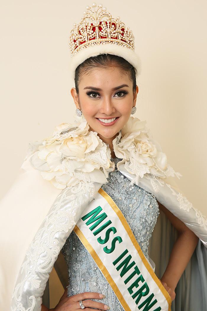 Miss International  Winnermiss Best Dresser